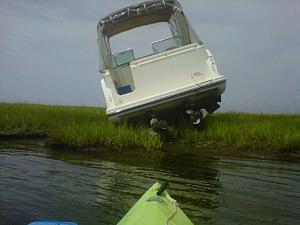 Click image for larger version  Name:aground3.jpg Views:39 Size:46.1 KB ID:1501