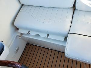 captains seat.jpg