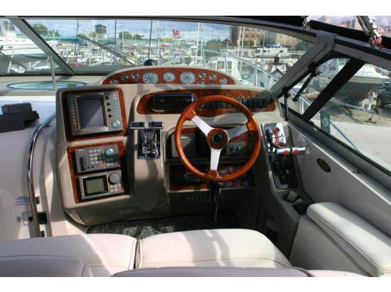 1999 Maxum Cockpit